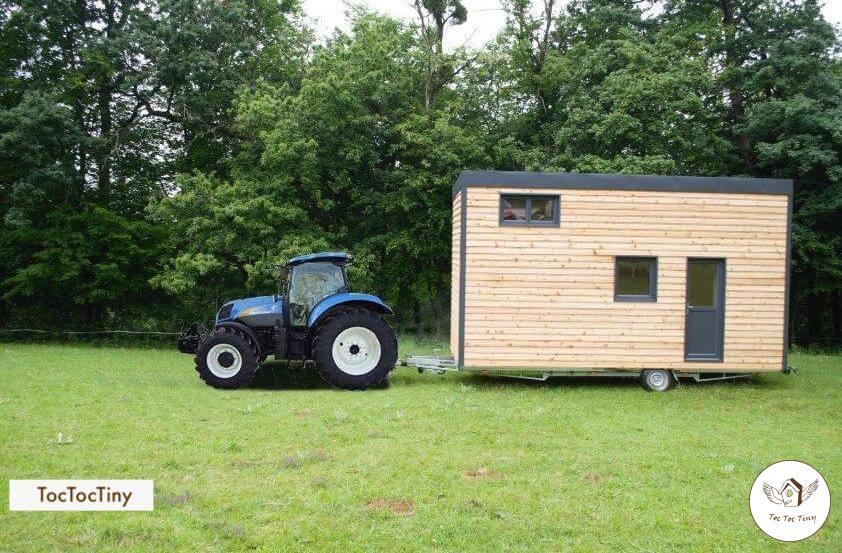 tiny house sur remorque agricole en ardèche